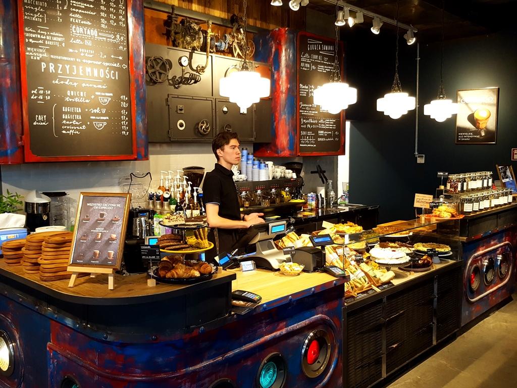 Green Caffe Nero_Angel City (1)