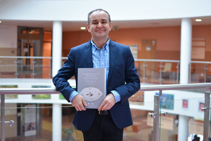Profesor Jaroslaw Dumanowski Newsgastro Pl